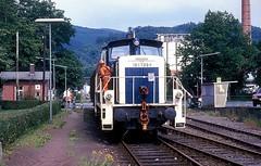 365 109  Bad Lauterberg  05.07.90 (w. + h. brutzer) Tags: badlauterberg eisenbahn eisenbahnen train trains deutschland germany railway diesellok dieselloks lokomotive locomotive zug db 261 361 v60 webru analog nikon