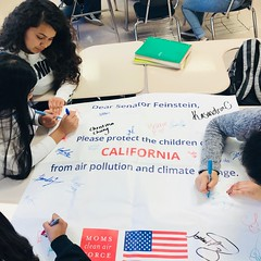 Students at Francisco Bravo Medical Magnet High School in Los Angeles, CA signing letters to their senators for the 2018 Play-In