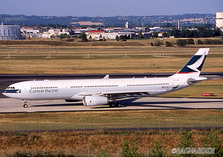 A330-300_CathayPacific_B-LAB