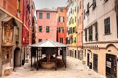 Genova (Alax66) Tags: genova city città colors liguria lavatoio centro zena case finestra window edificio piazza square