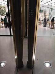 2018-06-FL-191783 (acme london) Tags: 2018 apple applestore dubai dubaimall metalshading movablefacade movableshading normanfoster shading shadingelements uae