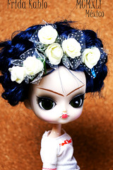 FRIDA/DAL (imida73) Tags: dal pullip jun planning alice lunatic frida kahlo