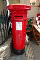 Victoria cypher A type post pillar box The Struet Brecon 10.08.2017 (2) (The Cwmbran Creature.) Tags: po p o gpo g general post office letter red street furniture heritage great britain united kingdom gb uk