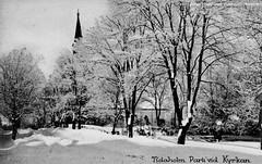 tm_9503 - Tidaholms kyrka (Tidaholms Museum) Tags: byggnad svartvit vinter snö exteriör kyrka tidaholm