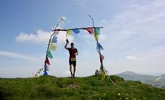 IMG_5708 (Marcia dei Tori) Tags: 2018 montespigolino italy skyrun marciadeitori mdt2018 caicarpi appennino appenninomodenese januacoeli paololottini running mountain italia emiliaromagna run sky flag tibetanflag