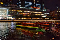 Clarke Quay by the Singapore river with bum boats for tourists (UweBKK (α 77 on )) Tags: clarke quay river night evening lights bum boats tourists singapore water flow southeast asia sony alpha 77 slt dslr central