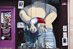 La fontaine d'Henry IV (Gerard Hermand) Tags: 1805123887 gerardhermand france paris canon eos5dmarkii café philippehérard art rue street homme man bouée buoy arrestation arrest menottes handcuffs