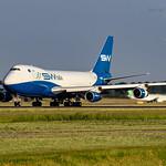 SW Italia Boeing 747-4R7F I-SWIB thumbnail