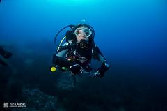 Chiara (2uc4 4bb4t3) Tags: buddy bubbleloungediving fisheye blu blue grottadeigamberi diving underwater dive lucaabbate sea mediterraneansea scuba ampportofino abyss ocean animal mare sub 2uc44bb4t3 d7000 nikon hugyfot 水肺 水肺潛水 скуба дайвинг