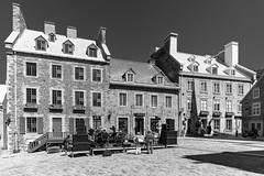 Vieux-Québec 2018-04a (Agirard) Tags: maison placeroyale québec canada oldquebec batis18 batis zeiss sony a7ii light lumière stonehouse orchestra street