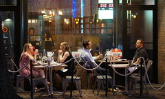 Late Night Diners on King Street (Fojo1) Tags: availablelightphotography candidandstreetphotography peoplephotography streetphotography