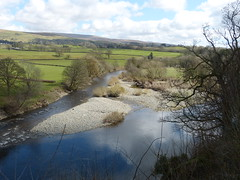 Kirkby Lonsdale - River Lune from Ruskin's View 180405 4 (maljoe) Tags: kirkbylonsdale cumbria rnblune