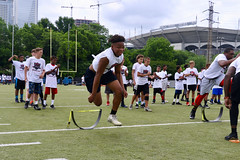 "2018-tdddf-football-camp (192) • <a style=""font-size:0.8em;"" href=""http://www.flickr.com/photos/158886553@N02/42373525672/"" target=""_blank"">View on Flickr</a>"