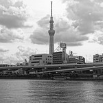 Sky Tree Over Sumida River 隅田川とスカイツリー thumbnail