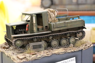 Tracteur d'artillerie Sovietique