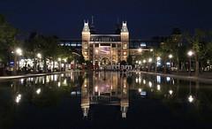 Rijksmuseum, night view from the Musem Plein, Amsterdam (Monceau) Tags: amsterdam night rijksmuseum museum reflection reflected pool lights towers calm