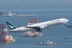 B-HNI Boeing 777-300, Cathay Pacific, Hong Kong (ColinParker777) Tags: bhni cathay pacific airways airlines ltd boeing 777 773 773a 777300 777300a 777367 airplane airliner aeroplane plane aviation travel flying flight takeoff departure pearl river delta barges boats barge water sea hong kong vhhh hkg chek lap kok airport canon 7d 7d2 7dmk2 7dmkii 7dii 200400 l lens zoom telephoto