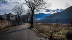 Mañanas de invierno (SantiMB.Photos) Tags: 2blog 2tumblr 2ig bagà berguedà carretera road invierno winter frío cold geo:lat=4225379878 geo:lon=185702565 geotagged baga cataluna españa esp