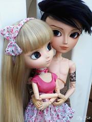 Sofia e Travis (♪Bell♫) Tags: taeyang william travis romanov doll groove tattoo tribal pullip romantic pink sofia rosemberg