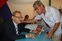 """raul-silveira---lanamento-livro---versos-e-crnicas-de-um-sertanejo-63_11653948365_o • <a style=""""font-size:0.8em;"""" href=""""http://www.flickr.com/photos/58898817@N06/42680034691/"""" target=""""_blank"""">View on Flickr</a>"""
