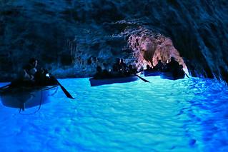 藍洞 Blue Grotto
