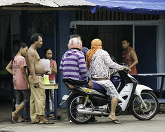 Discussion (Beegee49) Tags: motorbike people men selling women girls filipina talking bacolod city philippines