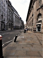 Cornhill, where Basil Rathbone worked in an office in 1910, takes us to Threadneedle Street, where Hugh Boone sold matches (photo by Valerie Schreiner)