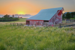Pastel Sunset (wdterp) Tags: sunset cloudsstormssunsetssunrises sundown evening barn redbarn centuryfarm