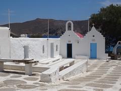 (Joan Pau Inarejos) Tags: grecia garmor despedida miconos mykonos junio vacaciones viaje iglesia iglesias plaza