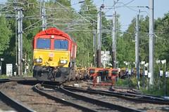 "DB Cargo Rail Red Class 66/0, 66135 (37190 ""Dalzell"") Tags: dbc dbcargorail red gm generalmotors shed class66 class660 66135 northwestern wigan"