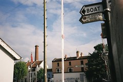 BOAT (knautia) Tags: floatingharbour bristol england uk may 2018 film ishootfilm olympus xa2 fuji superia 400iso olympusxa2 nxa2roll17 harbour docks boat commute commuting