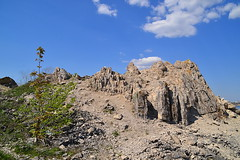 Rocks of the Mogutova mount (МирославСтаменов) Tags: russia zhiguli mogutova limestone rocks sky