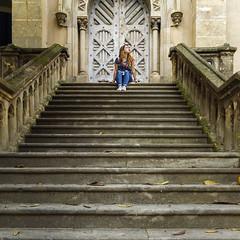 en lo alto (lospollos1) Tags: streetphotography raval barcelona girl gotico