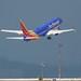 Southwest Airlines Boeing 737 -700 takeoff cross-runway SFO DSC_0859 (1)