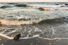 Ostsee Kalifornien (rahe.johannes) Tags: kalifornien schönberg ostsee brandung wellen schleswigholstein meinsh derechtenorden abendstimmung sonnenuntergang