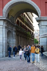 Entry to Plaza Mayor, Madrid (Joe Lewit) Tags: madrid variosonnart282470 plazamayor entrance archway