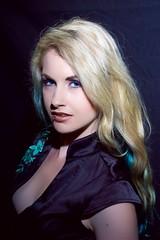 Homeshoot - Portrait (holger_haase) Tags: portrait blonde eyes studiolight glamour