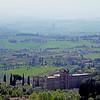 Campagna Senese, Toscana (pom'.) Tags: panasonicdmctz101 campagnasenese senese siena toscana torredelmangia italia italy tuscany europeanunion april 2018 200 100 300