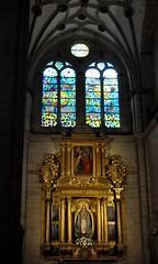 Astorga (León-España). Catedral. Capilla de la Inmaculada. Retablo de 1627 obra de Francisco Ruiz. Escultura de Gregorio Fernández (santi abella) Tags: astorga león castillayleón españa catedraldeastorga retablos