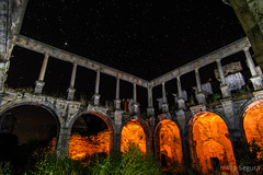 Segunda oportunidad... (Yorch Seif) Tags: noche night nocturna nocturnal lightpainting longexposure largaexposicion estrellas stars d7500 tokina1116 convento monasterio