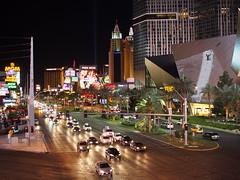 Las Vegas Strip (debreczeniemoke) Tags: unitedstatesofamerica usa unitedstates us america nevada lasvegas cityoflasvegas vegas lasvegasstrip utca street este evening lasvegasboulevard olympusem5
