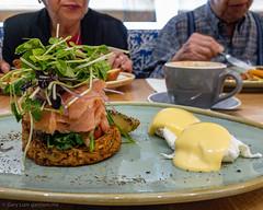 Crispy cheese and potato rosti with smoked salmon (garydlum) Tags: smokedsalmon rosti eggs ivyandlark salmon poachedeggs potato hollandaisesauce chermside queensland australia au