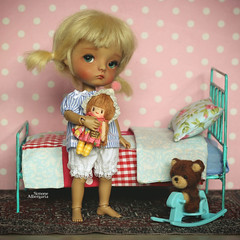 Mom, do I really have to sleep right now? (Passion for Blythe) Tags: secretdoll secretdollming ming doll tiny cute tan sleep bed bedroom bjd