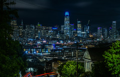 north face descent (pbo31) Tags: sanfrancisco california night dark black may 2018 city urban boury pbo31 color potrerohill skyline blue over view salesforce tower 181fremont lightstream traffic roadway muni bus rooftops