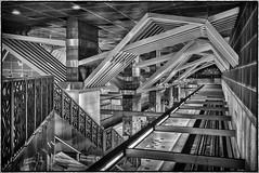 LA Metro Station, Universal City (drpeterrath) Tags: canon eos5dsr 5dsr metro la losangeles bw blackwhite lines track rail railway underground subway travel urban hollywood california