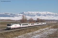 Berzosa de Bureba (David Nguema) Tags: 252 renfe rail railways spotting snow arco intercity winter pasajeros bugos pais vasco galicia train trainspotting tren trenes