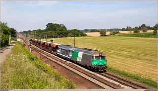 SNCF 467494 + 467629 @ Hennuyères