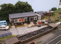 Prefab bothy (Phil_Parker) Tags: modelrailway train