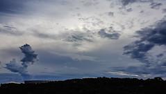 ÁGUA NO CÉU... (carlos.ufmg) Tags: sky céu clouds nuvens paisagem urbana townscape água water carobrod 2018 brazil samsung galaxy s7edge