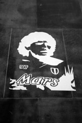 Mars and Maradona (zawtowers) Tags: naples napoli campania italy italia may 2018 summer holiday vacation break warm dry sunny tuesday 29th diego maradona footballer argentina number 10 serie a champions 1980s handball cheat mars sponsorship black white monochrome mono